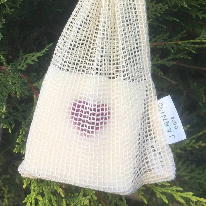 Janni soap bar cotton bag to use in the shower