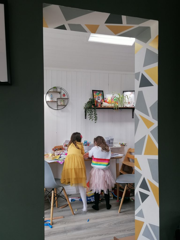 Geometric painted archway to update our home from Style At No.5 Interior Design. Fun and easy wall painting ideas