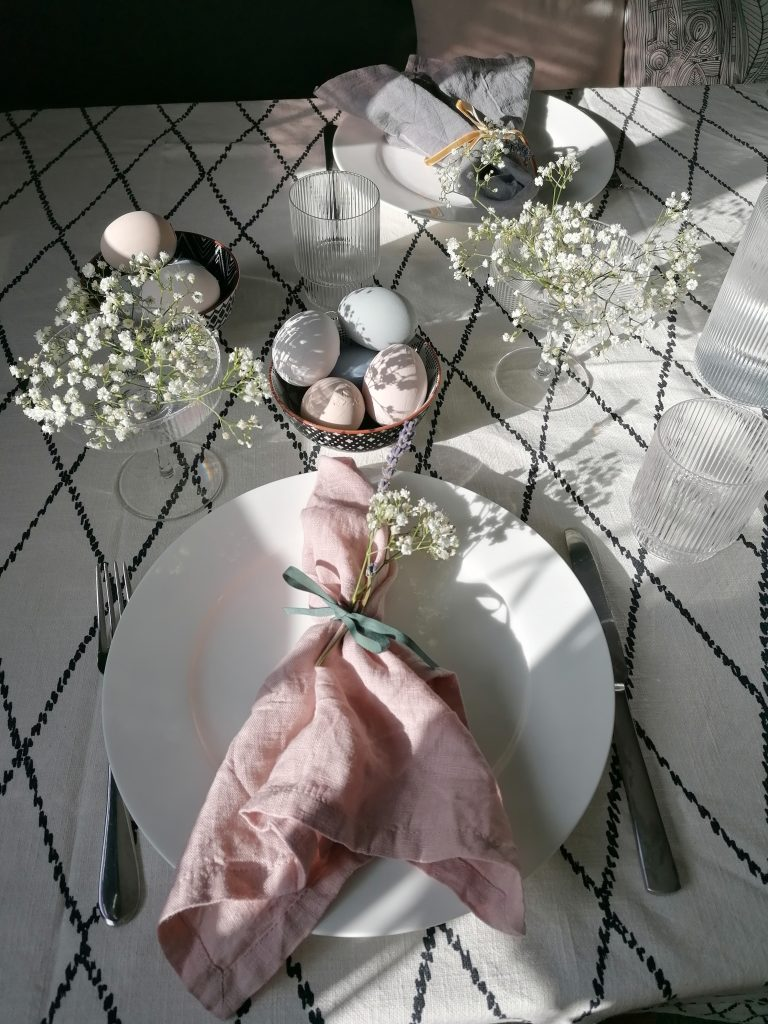 Sunlit Easter decorations on the table Style At No.5